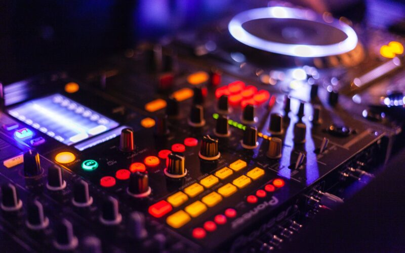 DJ and Dancing